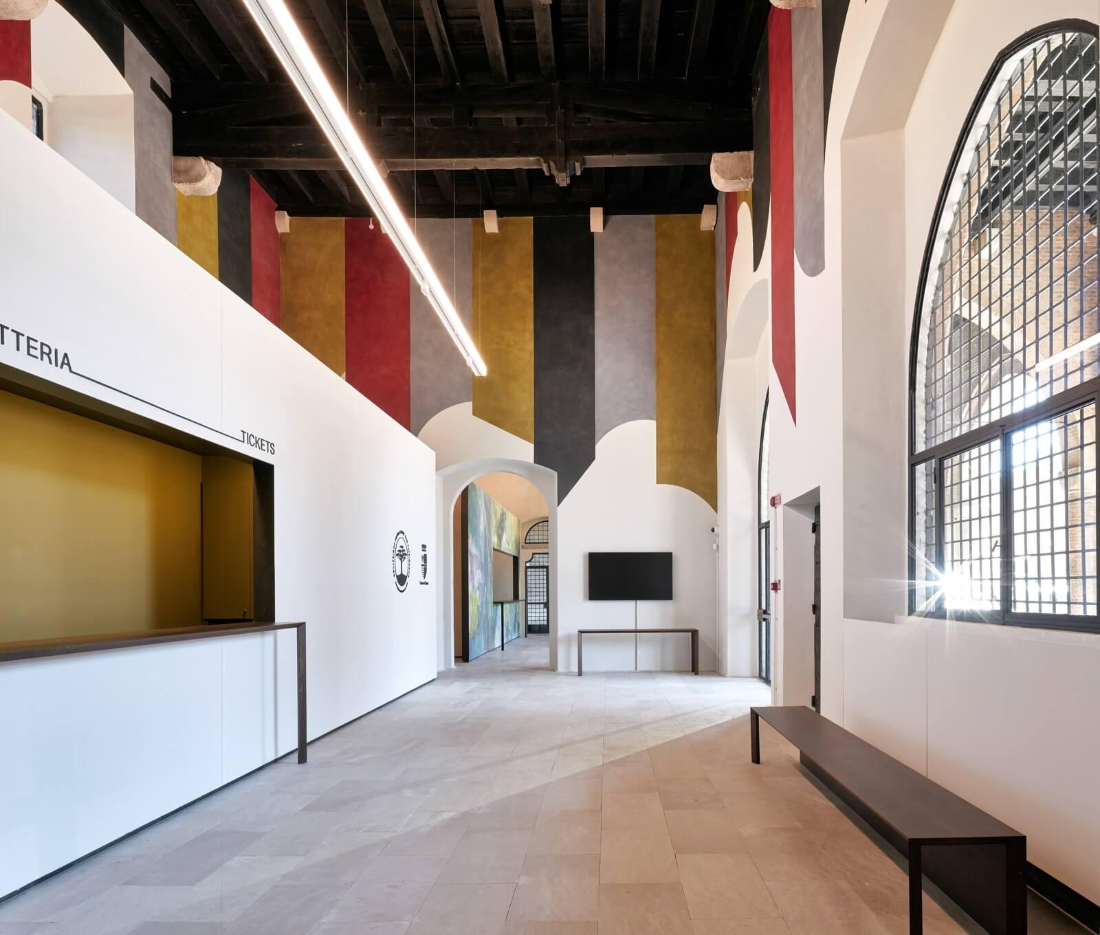Interno di Palazzi Arte Rimini Part
